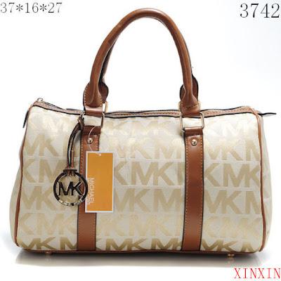 32683c9e4f622 Como reconocer una bolsa Michael Kors original