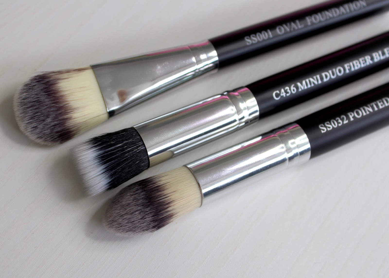 Crown Brush 10 colour concealer palette and face brush