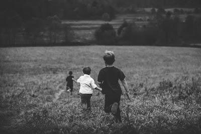 családalapítás, demográfia, Hős Anya, népesség, nettó átlagbér, Románia, Ninel Peia, Hős Anya, Hős Apa