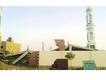 إنهيار مسجد  كامل بأم درمان ..وشكوك حول جودة حديد التسليح المصنعه له