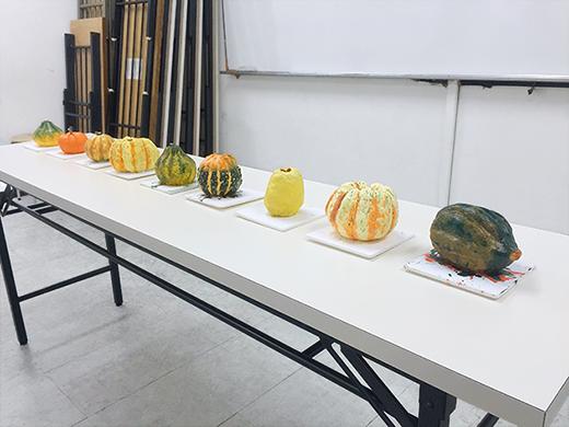 横浜美術学院の中学生教室 美術クラブ 紙ねんど立体「ハロウィーンかぼちゃの模刻」11