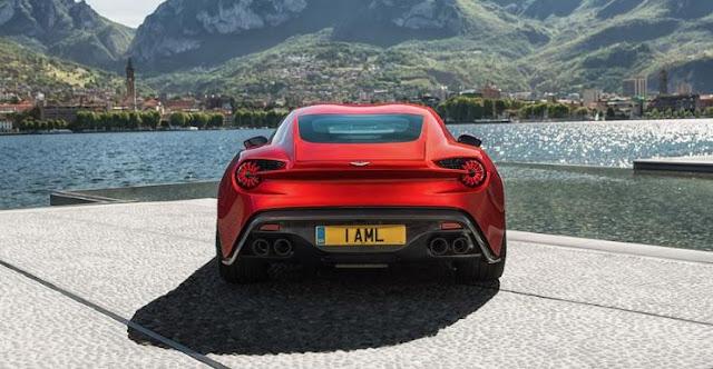 Aston Martin Vanquish Zagato - Se observa el techo double-bubble y los cuatro escapes.