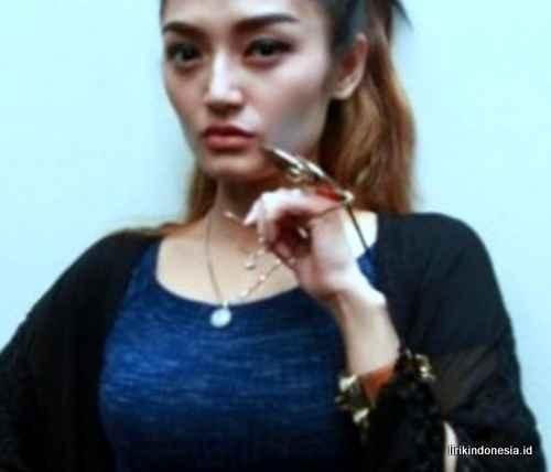 Lirik Hilang Semua Janji Siti Badriah