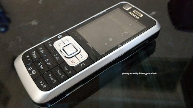 HP Nokia 6120C.
