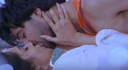 Rashmi Gautam Hot & Sexy Photos
