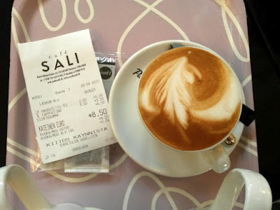 Capuccino in Cafe Sali