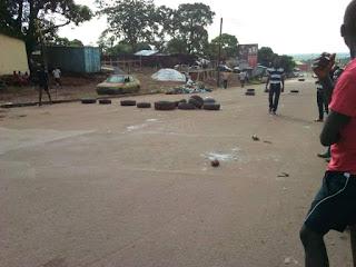 Guinée: Conakry, Hausse du prix du carburant, les jeunes dans les rues par endroit à Conakry
