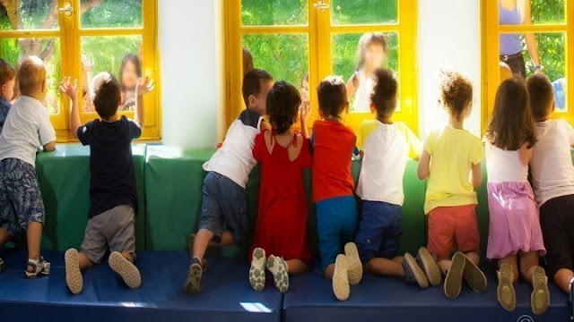 Να ξεκινούν τα σχολεία στις 9 το πρωί σκέφτεται το Υπουργείο Παιδείας