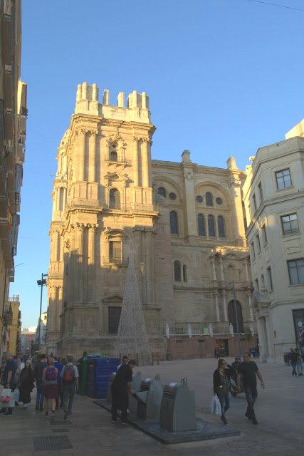 katedra Malaga, wygląd budowli, architektura