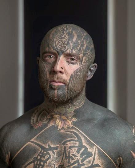 tatouage temporaire visage. Black Bedroom Furniture Sets. Home Design Ideas