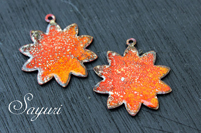counter enamelled charms