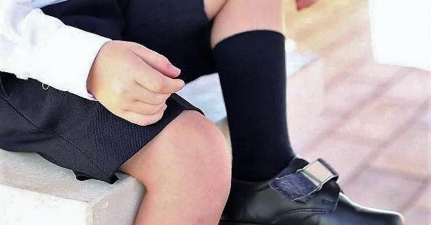 Zapatos escolares deben dejar espacio de 1.5 cm entre pie y el interior del calzado, recomienda especialista de EsSalud