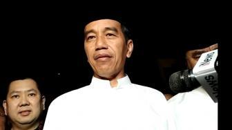 Sebut Jokowi Bohong soal Asal SMA, Cewek Ini Rela Mati dan Masuk Neraka