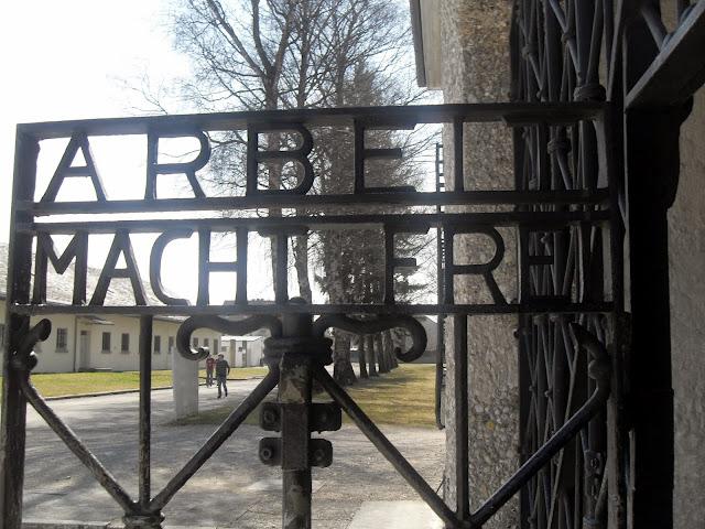 El trabajo nos hará libres, Dachau, Alemania