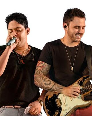 Fotos dos cantores sertanejos mais bonitos de 2015