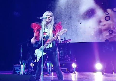 La favorita de China, Avril Lavigne, viajará al sur del país en 2020
