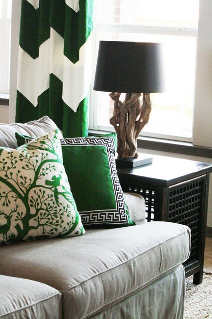 Charm home designs - Green and black room