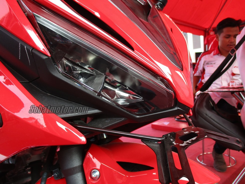First Impression All New Honda CBR 150R Facelift 2016 . . aura racy lebih kental plus keren juga sob !