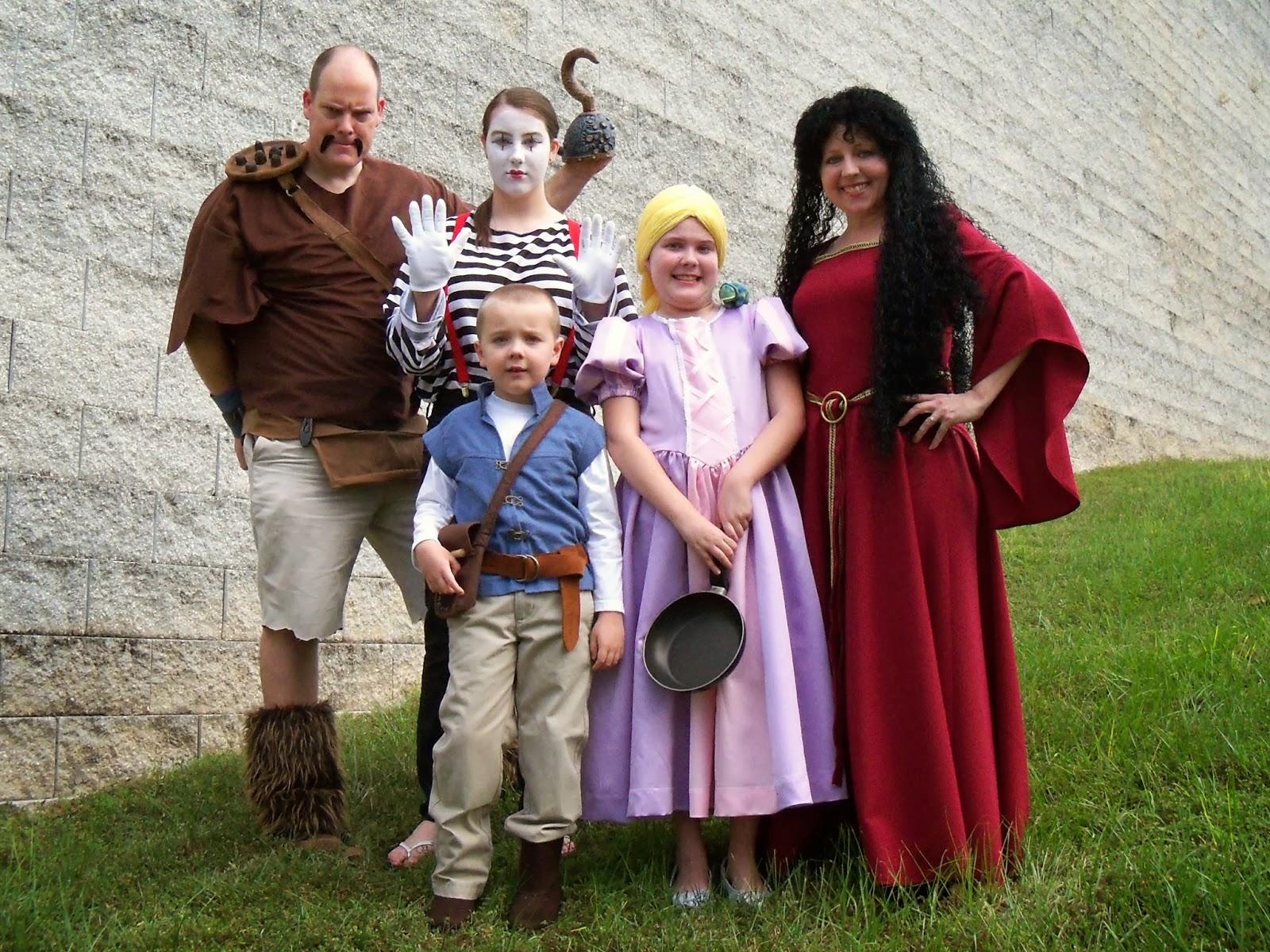 Tangled Family Halloween Costumes  sc 1 st  Bird On A Cake & Bird On A Cake: Tangled Family Halloween Costumes