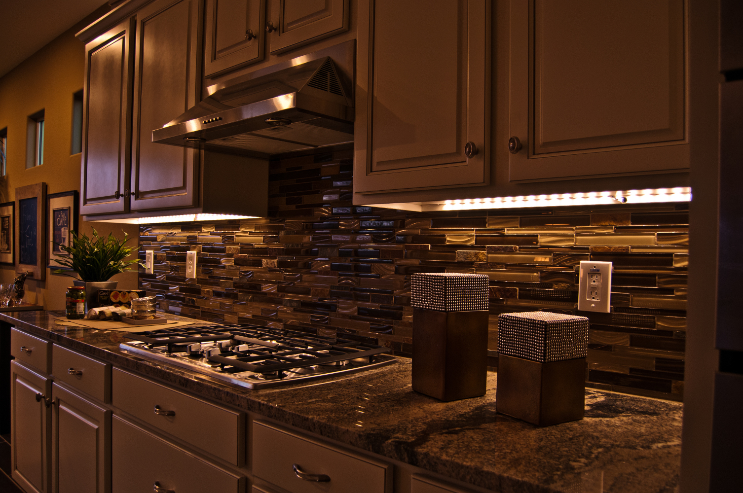 Under Cabinet LED Lighting Modern Kitchen With Under Cabinet LED Light