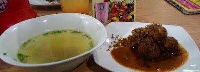 Lezat. Bakso Bakar Pahlawan Trip Kota Malang Spesial Ramadlan 2018