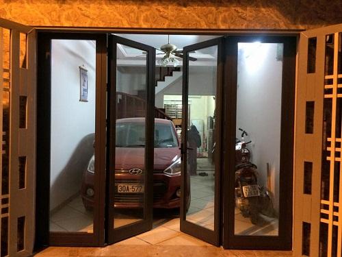 cửa nhôm kính 4 cánh