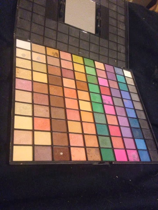 Review: Elf 100 eye shadow palette