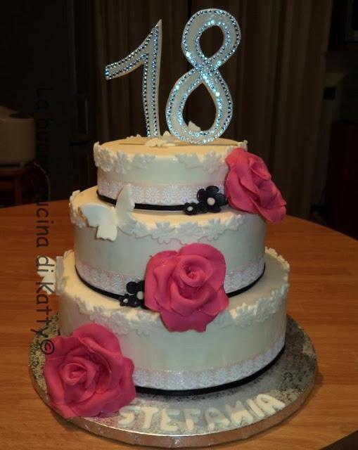 Torta 18 Anni Ragazza Elegante Blu