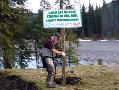 Signs installed on the North Ram River