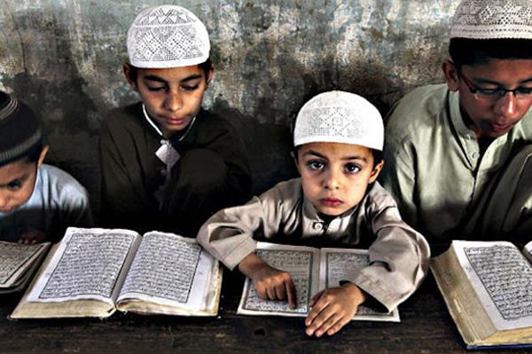 পাকিস্তানের ৯৩টি মাদ্রাসায় চলে জঙ্গি কার্যকলাপ