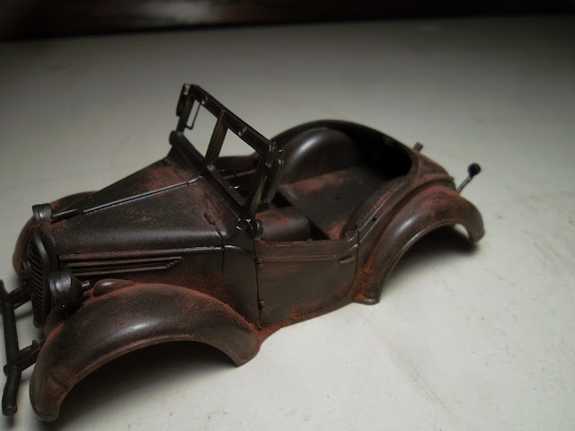 Adding rust to a painted model