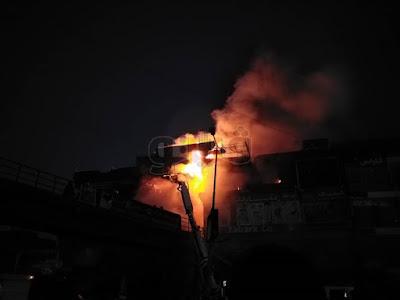 #عاجل  النيران تشتعل مجددا في محال الموسكي (فيديو وصور)