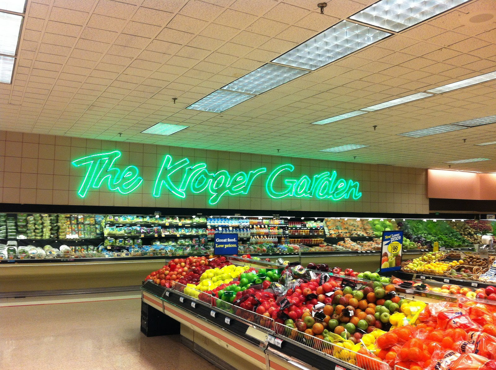 The mid south retail blog kroger neon and wannabe neon d cor - Garden decor stores ...
