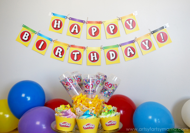 Play-Doh Birthday Party Ideas with Free Printable Banner at artsyfartsymama.com #WorldPlayDohDay
