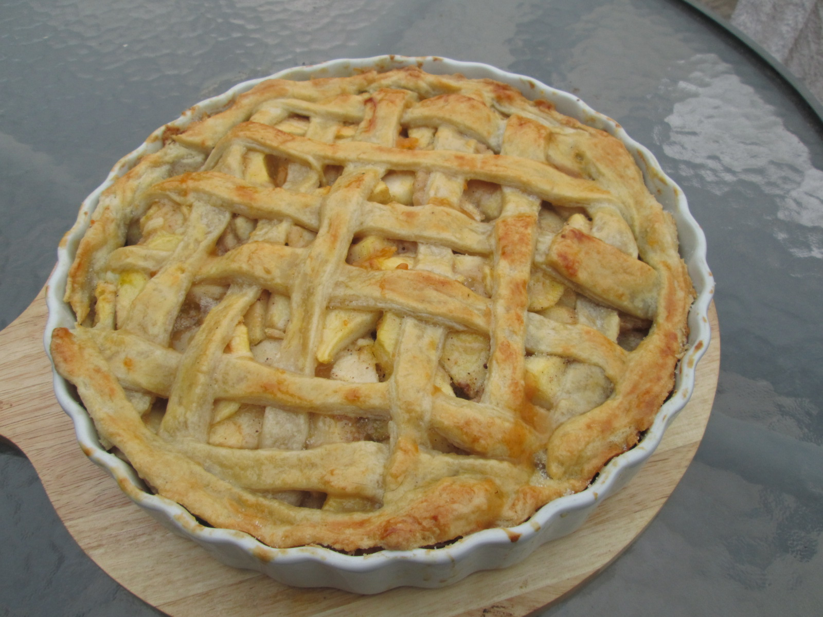Old-fashioned Lattice-Top Apple Pie ( Tarta de manzanas) - Recetas de ...