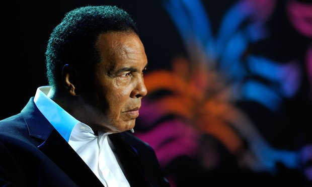Mohamed Ali hospitalisé pour des problèmes respiratoires.