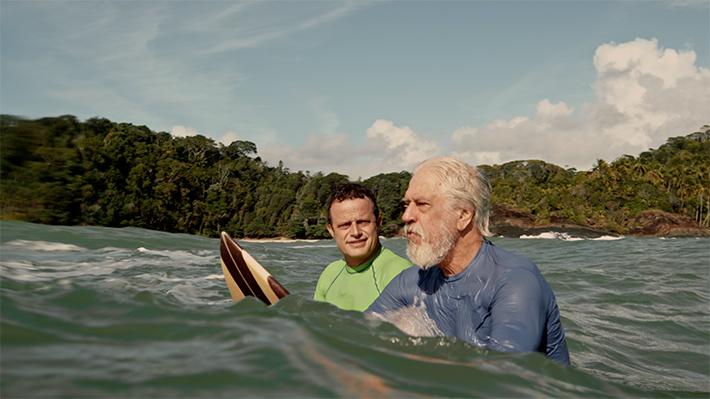 Clima de verão, praia e muito surf: Juacas é a nova série do Disney Channel que você vai amar