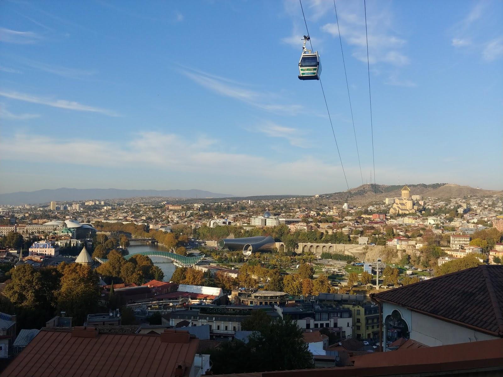 Widok na Tbilisi panorama miasta