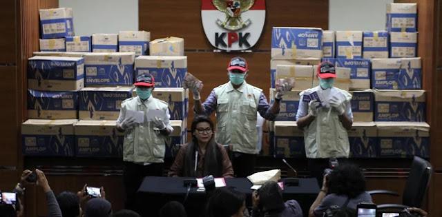 "Pimpinan DPR Dukung KPK Buka Satu Per Satu 400 Ribu Amplop ""Serangan Fajar"""