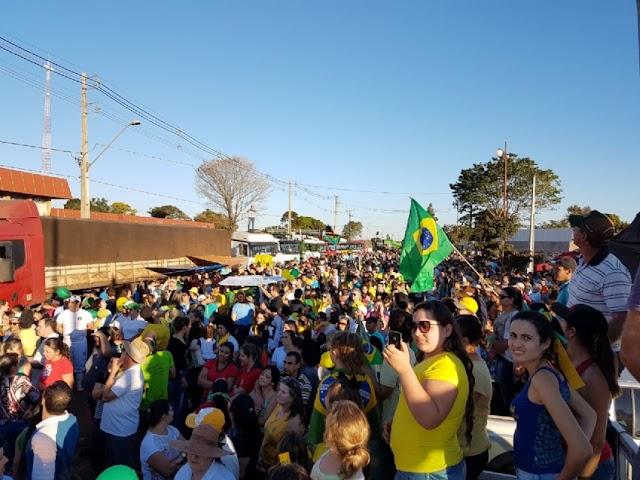 Ato em apoio a caminhoneiros milhares de Campinalagoanos vão as ruas