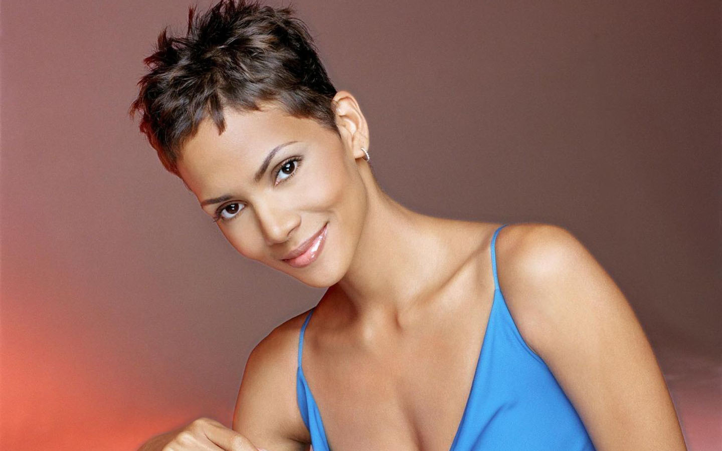 halle berry short hairstyles. 1440 x 900.Hairstyles Now And Then
