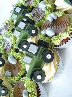 Jeep Cupcakes