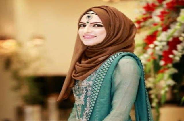 Beautiful,Pakistani,Girl,In,Hijab,Wallpaper,HD,Image,