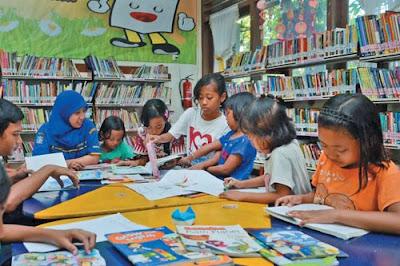 Anak yang Memiliki Banyak Buku Cenderung Sukses