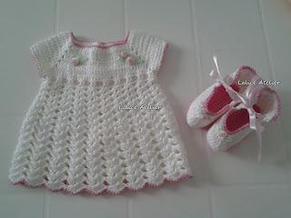 saída maternidade, saída maternidade crochê, rosinha cetim, rosa cetim, sapatinho bebê, sapatinho crochê