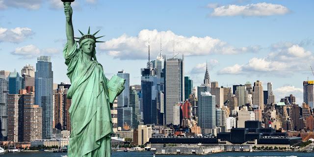 statua-libertà-natale-newyork-poracciinviaggio