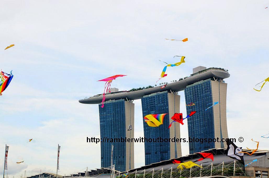 Kite, Singapore