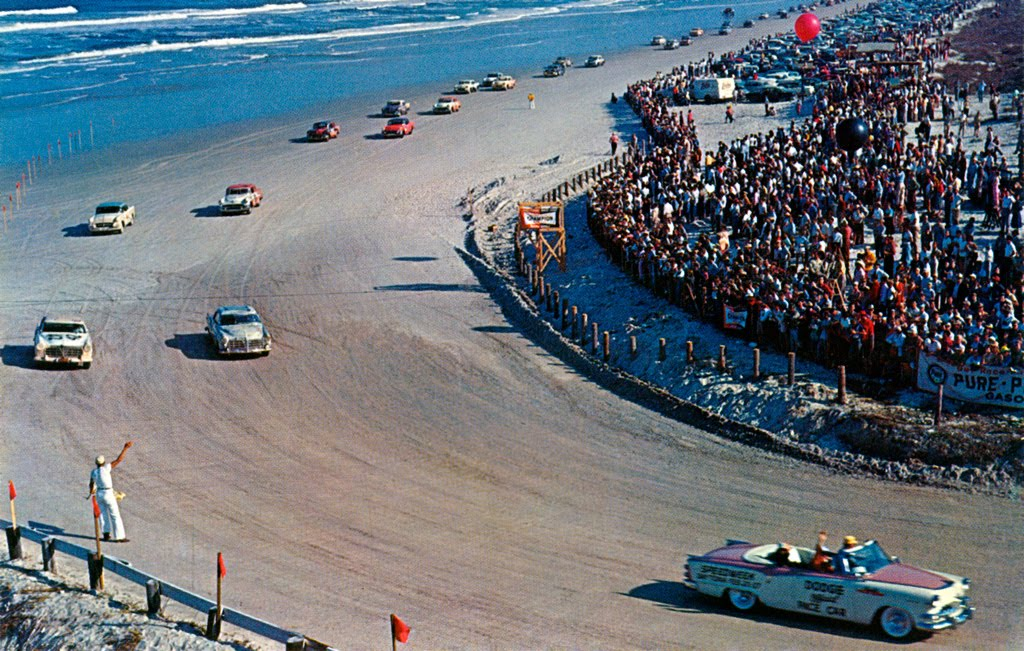 Daytona Dog Track >> Lucky Dog: The Daytona beach race course is (temporarily) back in business