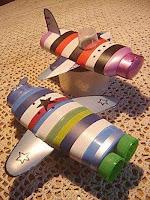 aviones reciclado de plastico