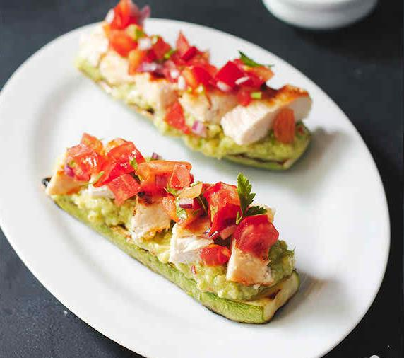 "How to make Grilled Chicken Bruschetta on Zucchini ""Toast"""